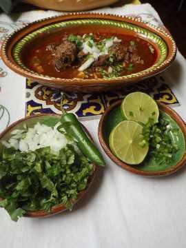 Cómo preparar Birria de Res al Estilo Michoacan