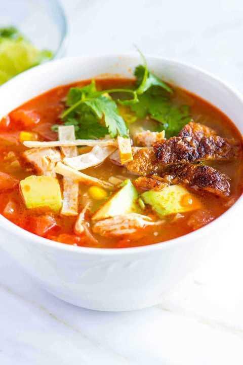 Cómo hacer la mejor Sopa de Tortilla de pollo