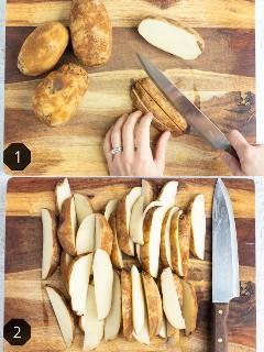 Cortar papas pelirrojas en gajos sobre una tabla de cortar de madera.