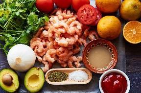 Ingredientes para hacer ceviche de camarón