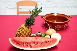 Ingredientes para hacer ensalada mexicana de frutas