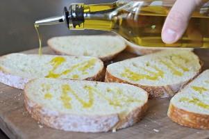bruschetta con aceite de oliva