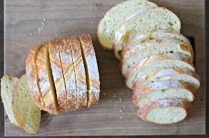 pan francés bruschetta