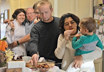Smokies envueltos en tocino 1 disfrutando con la familia