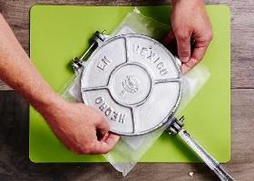 Cómo utilizar una prensa de tortilla 3