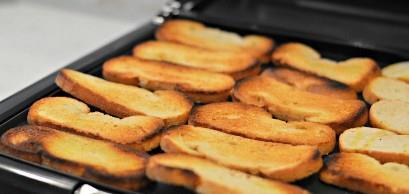 tostadas de capirotada
