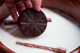 Agregar tableta de chocolate a la leche