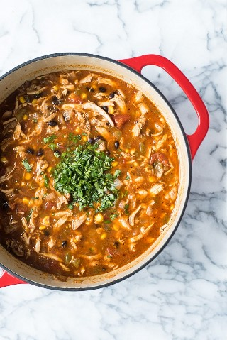 Cómo hacer sopa fácil de tortilla de pollo