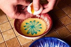 Separar las claras de huevo
