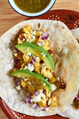 Bacon Huevo Aguacate Desayuno Tacos