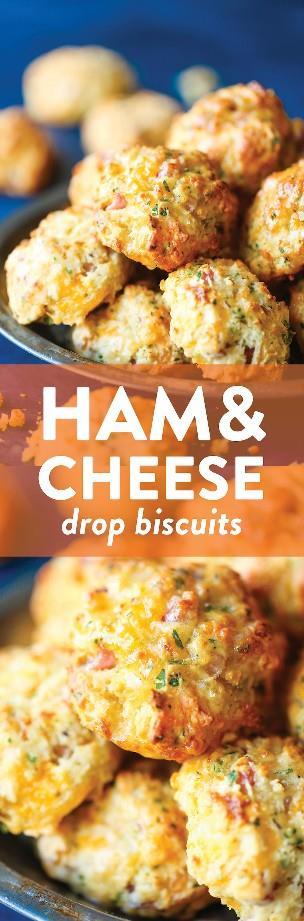 Galletas de caída de jamón y queso - ¡Las galletas caseras más sencillas y sencillas hechas con menos de 20 minutos de preparación! ¡Y son tan mantecosos, tan escamosos y tan perfectos!