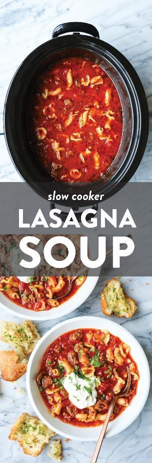 Sopa de lasanha de panela lenta: todos os melhores sabores de lasanha feitos em uma sopa! Tão facilmente feito em sua panela elétrica. Basta configurar e esquecer! FÁCIL!