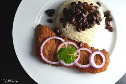 Bistec Empanizado (Filete Empanizado Cubano) | Delish D'Lites