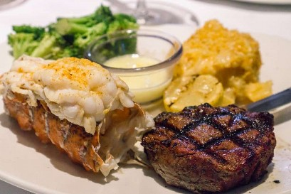 Menú de verano de Bonefish Grill - Filet Mignon & Lobster Tail