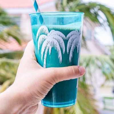 Imagem de smoothie de café da manhã em um copo