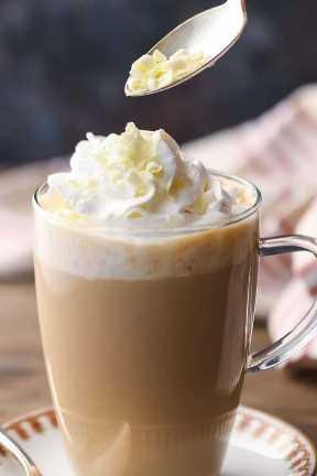 Receta de moca de chocolate blanco de Starbucks