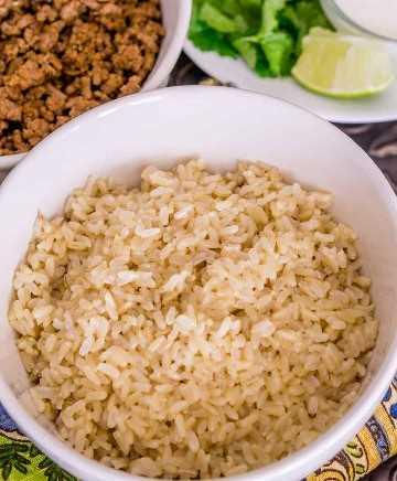 imagen del cuenco de arroz integral