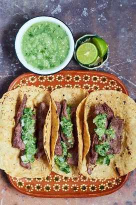 Bife Saia Tacos De Arrachera