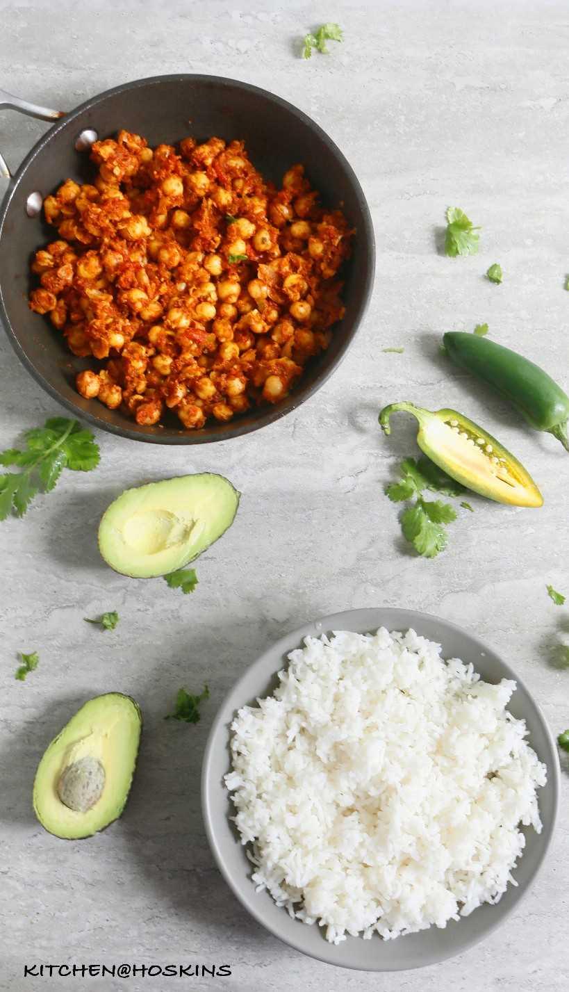 4 ingredientes salsa de salsa de garbanzos preparada