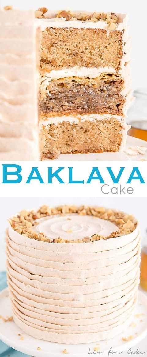 Bolo Baklava! Um baklava doce e pegajoso imprensou entre duas deliciosas camadas de bolo de mel e nozes coberto com creme de manteiga de canela. | livforcake.com