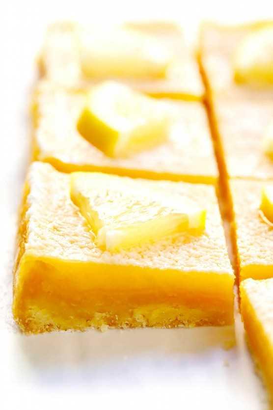 "Barras de limón de 5 ingredientes ""width ="" 1392 ""height ="" 2088 ""data-pin-description ="" ¡Aprenda a hacer las mejores barras de limón con esta receta fácil de barras de limón de 5 ingredientes! Es un simple postre de verano que solo requiere 15 minutos de tiempo de preparación, ¡y siempre es un favorito del público! | gimmesomeoven.com #lemon #dessert #bars #easy #summer #spring #easter ""srcset ="" https://www.gimmesomeoven.com/wp-content/uploads/2019/03/Easy-Lemon-Bars-Recipe-6 .jpg 1392w, https://www.gimmesomeoven.com/wp-content/uploads/2019/03/Easy-Lemon-Bars-Recipe-6-1100x1650.jpg 1100w, https://www.gimmesomeoven.com/wp -content / uploads / 2019/03 / Easy-Lemon-Bars-Recipe-6-768x1152.jpg 768w, https://www.gimmesomeoven.com/wp-content/uploads/2019/03/Easy-Lemon-Bars- Receta-6-320x480.jpg 320w ""tamaños ="" (ancho máximo: 1392px) 100vw, 1392px ""data-jpibfi-post-excerpt ="" ""data-jpibfi-post-url ="" https: //www.gimmesomeoven. com / lemon-bars / ""data-jpibfi-post-title ="" 5-Ingredient Lemon Bars ""data-jpibfi-src ="" https://www.gimmesomeoven.com/wp-content/uploads/2019/03/Easy -Lemon-Bars-Recipe-6.jpg ""/></p> <h2 style="