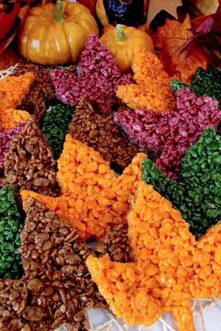 Estas lindas guloseimas de arroz de folhas de outono são deliciosas, fáceis de fazer e perfeitas para um dia de ação de graças ou uma sobremesa de outono.