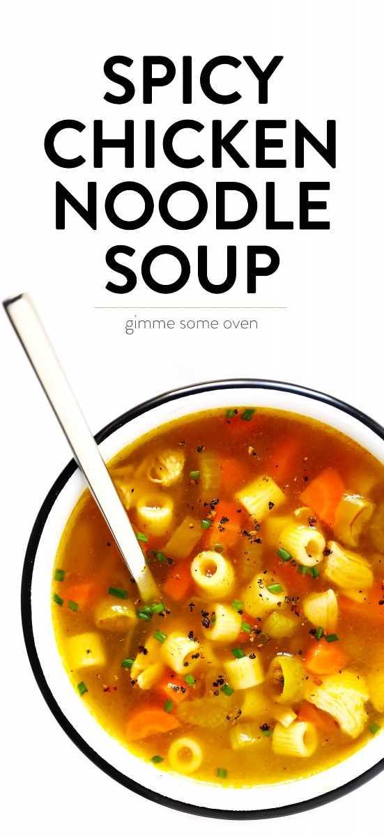 Receita de sopa de macarrão picante de frango Pepperoncini
