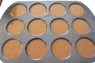 Masa de pan de jengibre en Whoopie Pie Pan