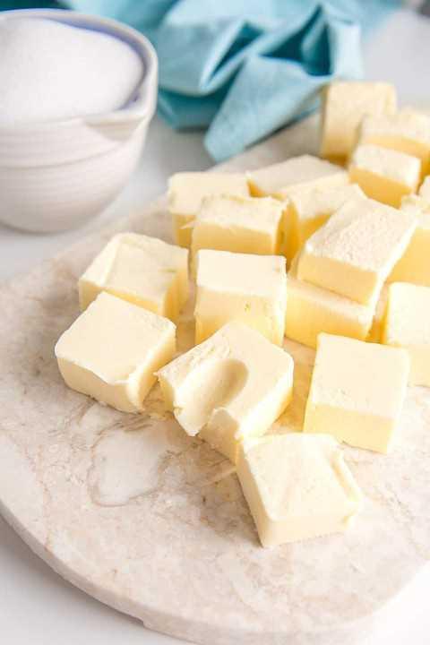 Mantequilla en cubos