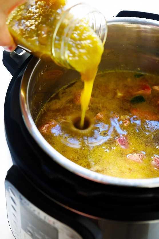 Cómo hacer sopa de filete de salsa verde en la olla instantánea