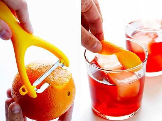 Cómo hacer una cáscara de naranja para un cóctel de negroni.
