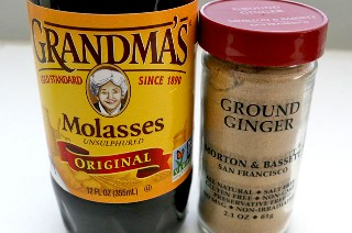 Ingredientes clave para The Best Gingerbread Buttercream Frosting