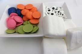 Ingredientes para Monster Marshmallow Pops