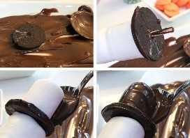 Montagem de pipoca de marshmallow boneco de neve