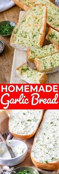 La foto superior muestra pan de ajo casero, horneado y cortado en rodajas para servir. La foto de abajo muestra el pan cortado por la mitad y la mantequilla aplicada en ambos lados, lista para hornear.