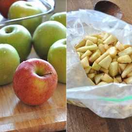 Manzana entera y en rodajas para hacer nuestra receta Crujiente de Manzana Vegana