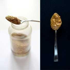 Cucharadas de harina de linaza y mantequilla de maní para hacer panqueques saludables