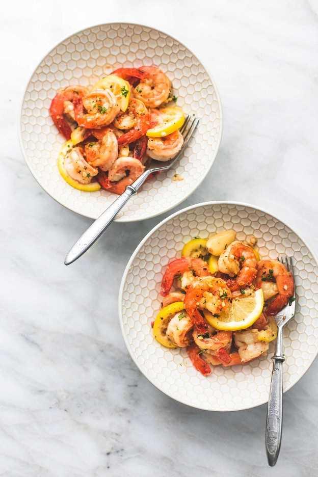 Receta sana de la cena del camarón de la mantequilla del ajo del limón fácil   lecremedelacrumb.com