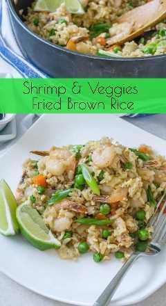 Imagen de Pinterest de arroz frito con camarones y verduras fritas - www.babaganosh.org