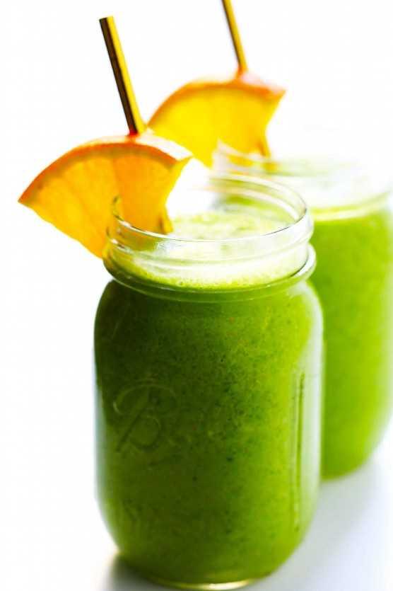 """Verde """"Julius"""" Batido """"width ="""" 1392 """"height ="""" 2088 """"data-pin-description ="""" Este Green """"Julius"""" Smoothie está inspirado en el clásico batido de color naranja que amamos, pero hecho con ingredientes frescos y saludables y un gran puñado de espinacas.   gimmesomeoven.com #green #smoothie #orange #healthy #glutenfree #healthy #breakfast """"srcset ="""" https://www.gimmesomeoven.com/wp-content/uploads/2019/01/Healthy-Green-Orange-Julius-Smoothie -Recipe-3-1.jpg 1392w, https://www.gimmesomeoven.com/wp-content/uploads/2019/01/Healthy-Green-Orange-Julius-Smoothie-Recipe-3-1-1100x1650.jpg 1100w , https://www.gimmesomeoven.com/wp-content/uploads/2019/01/Healthy-Green-Orange-Julius-Smoothie-Recipe-3-1-768x1152.jpg 768w, https: //www.gimmesomeoven. com / wp-content / uploads / 2019/01 / Healthy-Green-Orange-Julius-Smoothie-Recipe-3-1-320x480.jpg 320w """"tamaños ="""" (ancho máximo: 1392px) 100vw, 1392px """"data-jpibfi -post-excerpt = """""""" data-jpibfi-post-url = """"https://www.gimmesomeoven.com/green-julius-smoothie/"""" data-jpibfi-post-title = """"Green"""" Julius """"Smoothie"""" data- jpibfi-src = """"https://juegoscocinarpasteleria.org/wp-content/uploads/2019/04/Batido-Verde-quotJuliusquot.jpg"""" /></p> <p>Levanta la mano si un viaje al centro comercial en los años 90 es absolutamente <em>tenía</em> para incluir un naranja julius.</p> <p>Meeee también. ♡</p> <p>De vuelta en el día, será mejor que creas que <em>regularmente</em> Ahorré mis preciosos dólares de subsidio para adolescentes para derrochar esta bebida favorita. Ya sabes, para acompañar esa porción de pizza Sbarro y el tazón de Dipp'n Dots. Y casualmente manténgase en la mano mientras navega por los racks de dELiA * s, Sam Goody, Contempo Casuals, bDalton y Spencers. Era el batido que todos amábamos antes de que siquiera conociéramos la palabra """"batido"""": el famoso Julius de naranja.</p> <p>Décadas más tarde, todavía estoy obsesionada con este cremoso batido de vainilla y naranja. Pero hoy en día, opto por mi versión casera en su lugar. Está hecho"""