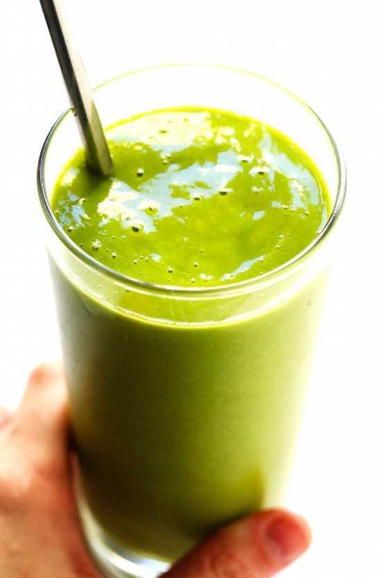 """Smoothie verde de Mango picante de 5 ingredientes """"width ="""" 1392 """"height ="""" 2087 """"data-pin-description ="""" Este Smoothie de mango verde picante de 5 ingredientes se patea una muesca con la adición de cayena y mucho jengibre fresco, y es una locura deliciosa.   gimmesomeoven.com #green #smoothie #mango #spicy #breakfast #healthy #vegan #glutenfree """"srcset ="""" https://www.gimmesomeoven.com/wp-content/uploads/2019/02/Spicy-Mango-Green-Smoothie -Recipe-1-1.jpg 1392w, https://www.gimmesomeoven.com/wp-content/uploads/2019/02/Spicy-Mango-Green-Smoothie-Recipe-1-1-1100x1649.jpg 1100w, https : //www.gimmesomeoven.com/wp-content/uploads/2019/02/Spicy-Mango-Green-Smoothie-Recipe-1-1-768x1151.jpg 768w, https://www.gimmesomeoven.com/wp- content / uploads / 2019/02 / Spicy-Mango-Green-Smoothie-Recipe-1-1-320x480.jpg 320w """"tamaños ="""" (ancho máximo: 1392px) 100vw, 1392px """"data-jpibfi-post-excerpt ="""" """"data-jpibfi-post-url ="""" https://www.gimmesomeoven.com/spicy-mango-green-smoothie/ """"data-jpibfi-post-title ="""" 5-Ingredient Spicy Mango Green Smoothie """"data-jpibfi- src = """"https://juegoscocinarpasteleria.org/wp-content/uploads/2019/04/Batido-de-5-ingredientes-con-mango-verde-y-mango.jpg"""" /></p> <p>Hace mucho tiempo que soy una de esas personas que no pueden resistir rociar un poco de chile y cayena en mis rebanadas de mango fresco. ¡Pero no fue hasta hace poco cuando se me ocurrió la idea de hacer lo mismo con mis batidos de mango!</p> <p>Ahora estoy totalmente enganchado. ♡</p> <p>Te lo digo, esa patada extra de cayena alegrará instantáneamente cualquier batido verde. Y cuando se combina con gran cantidad de jengibre fresco (para un sabor más picante), mango dulce, leche cremosa de almendra y muchos vegetales para sentirse bien, este batido es simplemente delicioso. Además, es naturalmente vegano y sin gluten, y solo toma unos minutos para hacer. Y si no te gusta el mango, no te preocupes, esta receta también sabe deliciosa con piña congelada o duraznos.</p> <p>Así que si estás buscando c"""