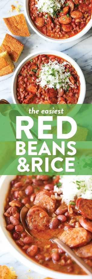 Frijoles rojos y arroz: ¡tan espesos, tan cremosos y tan sabrosos! Los frijoles se cocinan a la perfección, perfectamente tiernos, se sirven con arroz y salchicha andouille ahumada.
