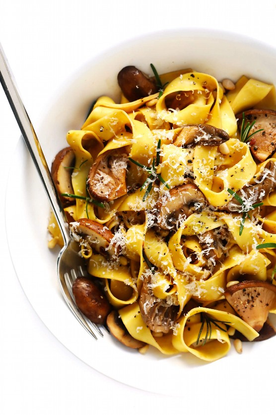 """Mushroom Lover Pasta """"width ="""" 1392 """"height ="""" 2088 """"data-pin-description ="""" This recipe for Mushroom Lover Pasta is mixed with a balsamic rosemary butter sauce, plenty of Parmesan cheese, pine nuts and any other type of love mushrooms. Total comfort food (vegetarian). 