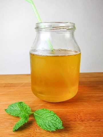 chá gelado de menta verde