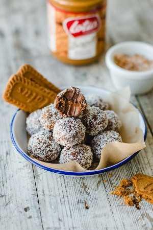 4 Ingredientes de Chocolate Biscoff Trufas