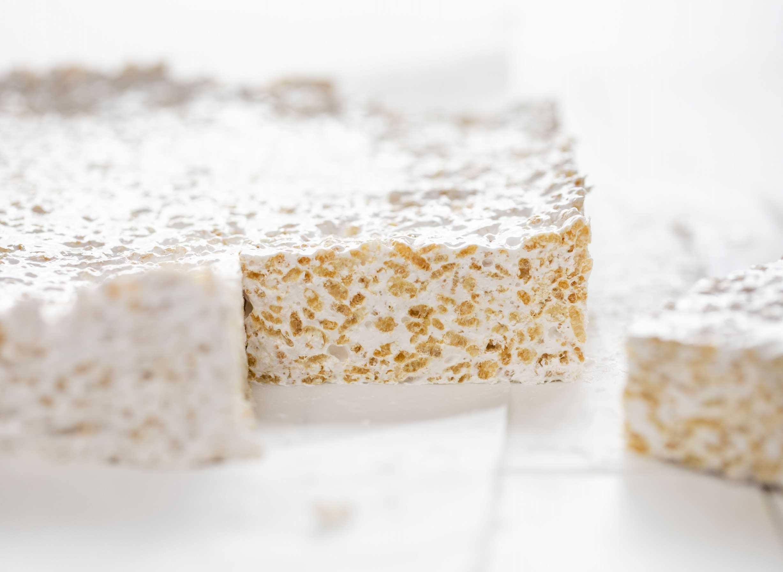 Barras de arroz Krispy con malvavisco hecho en casa