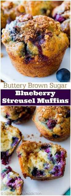 Mis muffins de arándanos favoritos! Mantequilla y mantecoso, estas magdalenas con sabor a fruta son pesadas en el streusel del azúcar marrón y los arándanos jugosos.
