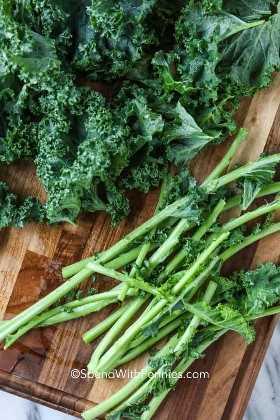 Kale preparándose para cocinar