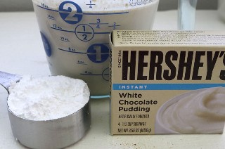 Ingredientes para el mejor frosting de crema batida de café