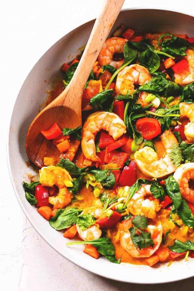 Receta tailandesa fácil del curry del coco | lecremedelacrumb.com